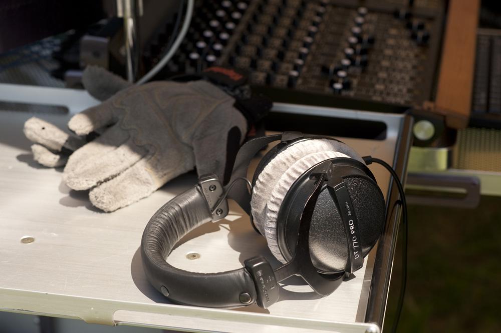 mic8105-2